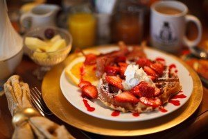 Food-Breaksfast-Strawberry Waffle